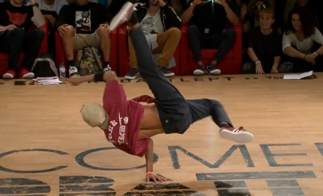 EUROBATTLE 2013 BBOYING 1 ON 1 FINAL - SAMBO VS. LUAN_0608
