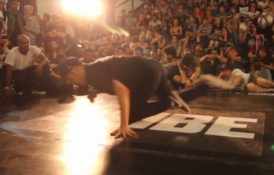 IBE 2013 - Focus on Footwork Battle Final - Wing Zero Vs. Manny _0820