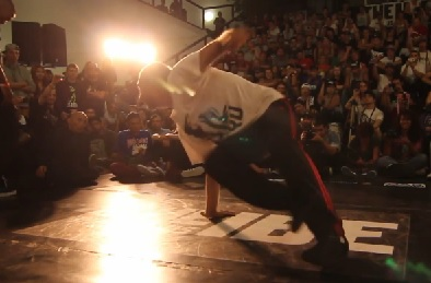 IBE 2013 - Focus on Footwork Battle Quarter Final 3 - Robin Vs Tonio_0829