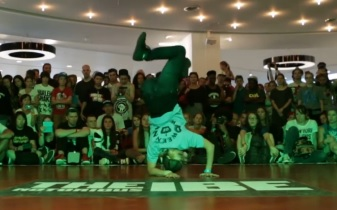 IBE 2013 - 2on2 BGirl Battle Quarter Final 2 - Ery & Yuri vs Narcis & Soe