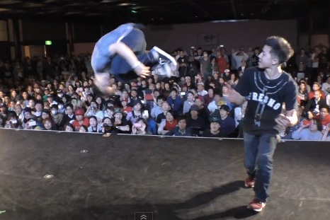 ISSEI vs 2GOO FINAL BREAK DANCE@LIVE PRE 2014