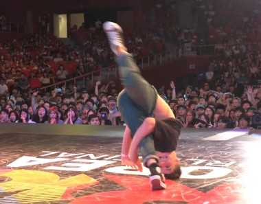 R16 KOREA World Finals 2014 Best8 – Lil Zoo vs Vados
